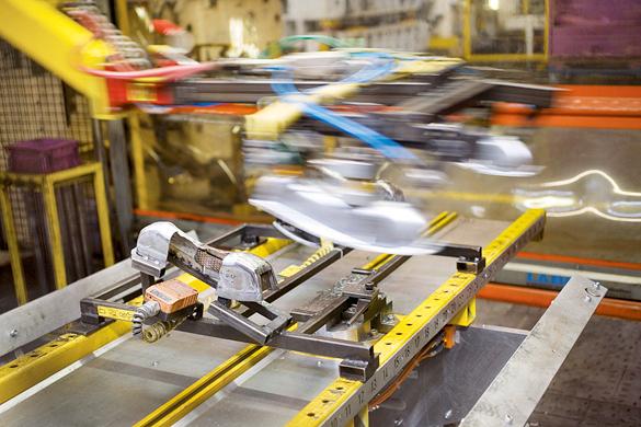 一座日产1,000辆汽车的工厂的年耗电量动辄高达
